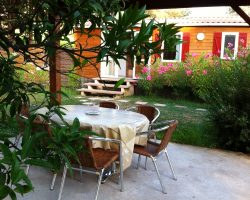 bungalow et terrasse